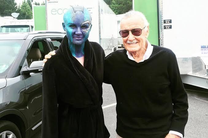 Stan Lee with Karen Gillan on the sets
