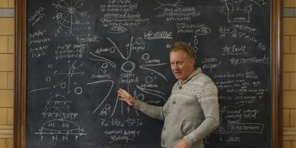 Dr. Erik Selvig explains the multiverse in Thor: The Dark World. Pic courtesy: thegeektimes.com